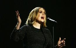 Adele gây sốt với tóc mới ở chung kết X-Factor Anh
