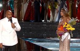 """MC Steve Harvey xin lỗi vì khiến CK Hoa hậu Hoàn vũ trở thành """"trò cười"""""""