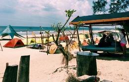 Khu cắm trại bãi biển hút khách đi bụi ở Bình Thuận
