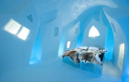 Bên trong khách sạn chạm khắc từ hơn 4.000 tấn băng