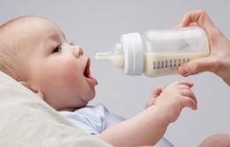 Những sai lầm khi sử dụng sữa công thức cho trẻ