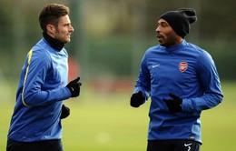 """Thierry Henry: """"Với Giroud, Arsenal không thể vô địch"""""""
