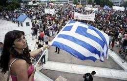 Giới chính trị gia Đức yêu cầu ECB ngừng cứu trợ Hy Lạp