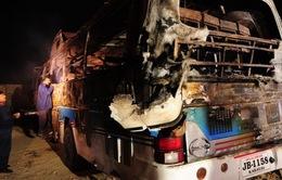 Pakistan: Xe bồn chở dầu đâm xe buýt, 40 người chết