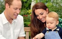 Anh phát hành đồng xu 5 bảng vào dịp Hoàng gia có thành viên mới