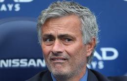Giới HLV và cầu thủ xứ sương mù sốc trước tin Mourinho bị sa thải