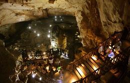 Quảng Bình: Dừng quyết định tăng giá vé tham quan hang động