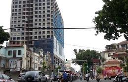Hà Nội sẽ cưỡng chế tòa nhà 8B Lê Trực nếu không phá dỡ phần sai phép