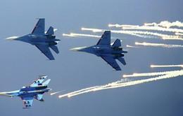Không quân Nga tập trận giáp biên giới Ukraine