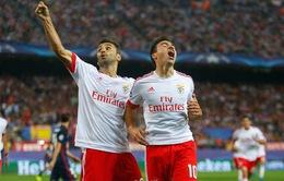Atletico Madrid 1-2 Benfica: Lấm lưng tại Vicente Calderon