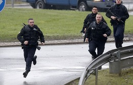 """Cảnh sát Paris đang tìm cách """"vô hiệu hóa"""" hai kẻ tình nghi"""
