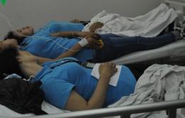 Hàng chục công nhân bỗng nhiên bị ngất vì mùi khí lạ