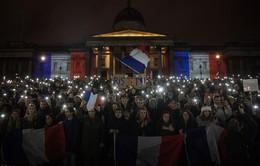 Thế giới tưởng niệm các nạn nhân trong vụ tấn công khủng bố ở Paris