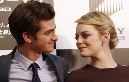 """Emma Stone và """"Người nhện"""" Andrew Garfield sẽ đính hôn?"""