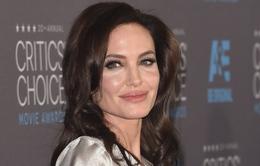Angelina Jolie làm phim về nạn diệt chủng ở Campuchia