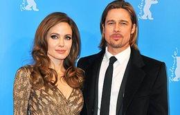 Angelina Jolie gạ gẫm Brad Pitt tham gia phim Africa