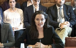 Angelina Jolie lên án IS về hành động hiếp dâm