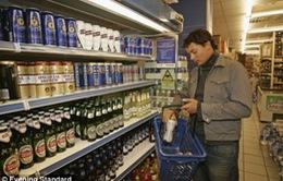 Anh: Lạm phát giảm xuống dưới 0 lần thứ hai trong năm