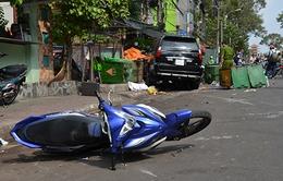 """Ô tô """"điên"""" tông hai xe máy: Một nạn nhân đã tử vong"""