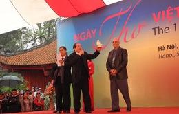 Hào hùng hướng về biển đảo tổ quốc trong Ngày thơ Việt Nam