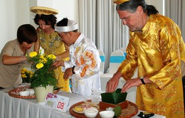 Bình Thuận: Khách nước ngoài đón Tết đậm chất dân gian Việt Nam