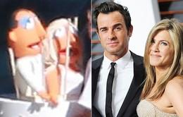 """Lộ ảnh bánh cưới cực """"độc"""" trong hôn lễ của Jennifer Aniston"""