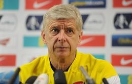 Giáo sư Wenger sẽ xoay vòng đội hình để đối phó với Man Utd