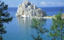 Nga: Du lịch đe dọa nghiêm trọng hệ sinh thái hồ Baikal
