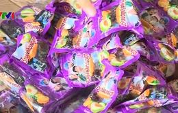 Bắt 800kg bánh kẹo nhập lậu tại Hà Nội