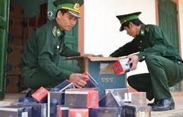 An Giang: Thu giữ gần 1.800 bao thuốc lá ngoại nhập lậu