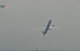 Máy bay Vietnam Airlines trình diễn tại Triển lãm Hàng không Paris