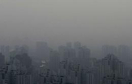 Kinh tế Trung Quốc thiệt hại nặng nề do khói bụi