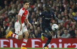 """Sao trẻ Arsenal chạy nhanh hơn cả """"tia chớp"""" Usain Bolt"""