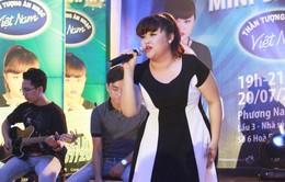 Vietnam Idol 2015: Bích Ngọc hát hết mình vì fan