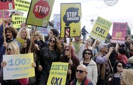 Hơn 200 người biểu tình chống biến đổi khí hậu tại Pháp bị bắt giữ