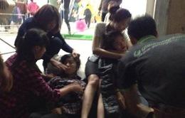 Hà Nội: Hàng loạt người ngất xỉu tại Big C do thiếu khí