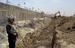 Pakistan triệu Đại sứ Afghanistan sau vụ nã rocket làm 4 binh sỹ thiệt mạng