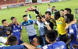 V.League 2015: Becamex Bình Dương lập hat-trick danh hiệu tháng 8