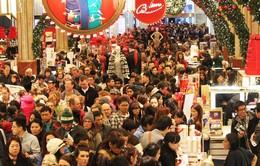 """""""Ngày thứ Sáu đen tối"""" khởi động mùa mua sắm tại Mỹ"""