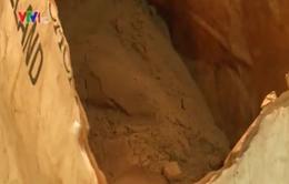TP.HCM: Thu giữ 2 tấn nguyên liệu và bột ca cao không rõ nguồn gốc