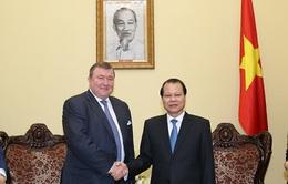 Phó Thủ tướng Vũ Văn Ninh tiếp Chủ tịch Ngân hàng IIB, Nga