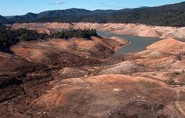Mỹ: Mặt đất California lún sâu do bơm nước ngầm