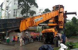 Hà Nội: Cận cảnhvụ sậpcần cẩu dài hơn 50m