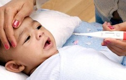 Cách xử trí khi trẻ bị sốt cao, co giật