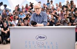 ĐD Woody Allen không thoải mái vì được tán thưởng tại Cannes