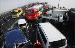 Đâm xe liên hoàn tại Hàn Quốc, 2 người thiệt mạng