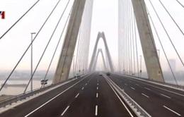 Cầu Nhật Tân trước ngày thông xe