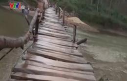 Hà Giang: Cầu tạm dân sinh và hiểm họa khôn lường