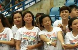 """1500 sinh viên tham gia giải chạy tình nguyện """"Kết nối tuổi trẻ Việt 2015"""""""