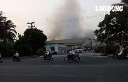 TP.HCM: Cháy lớn ở khu chế xuất Tân Thuận